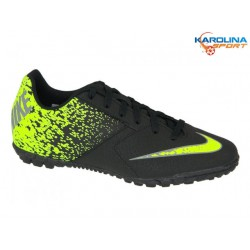 Turfy junior NIKE JR BOMBAX TF (826488-007)